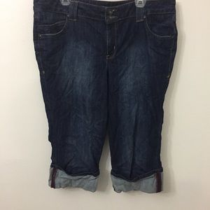 LANE BRYANT Size 18 Cropped Jeans with Cuffs